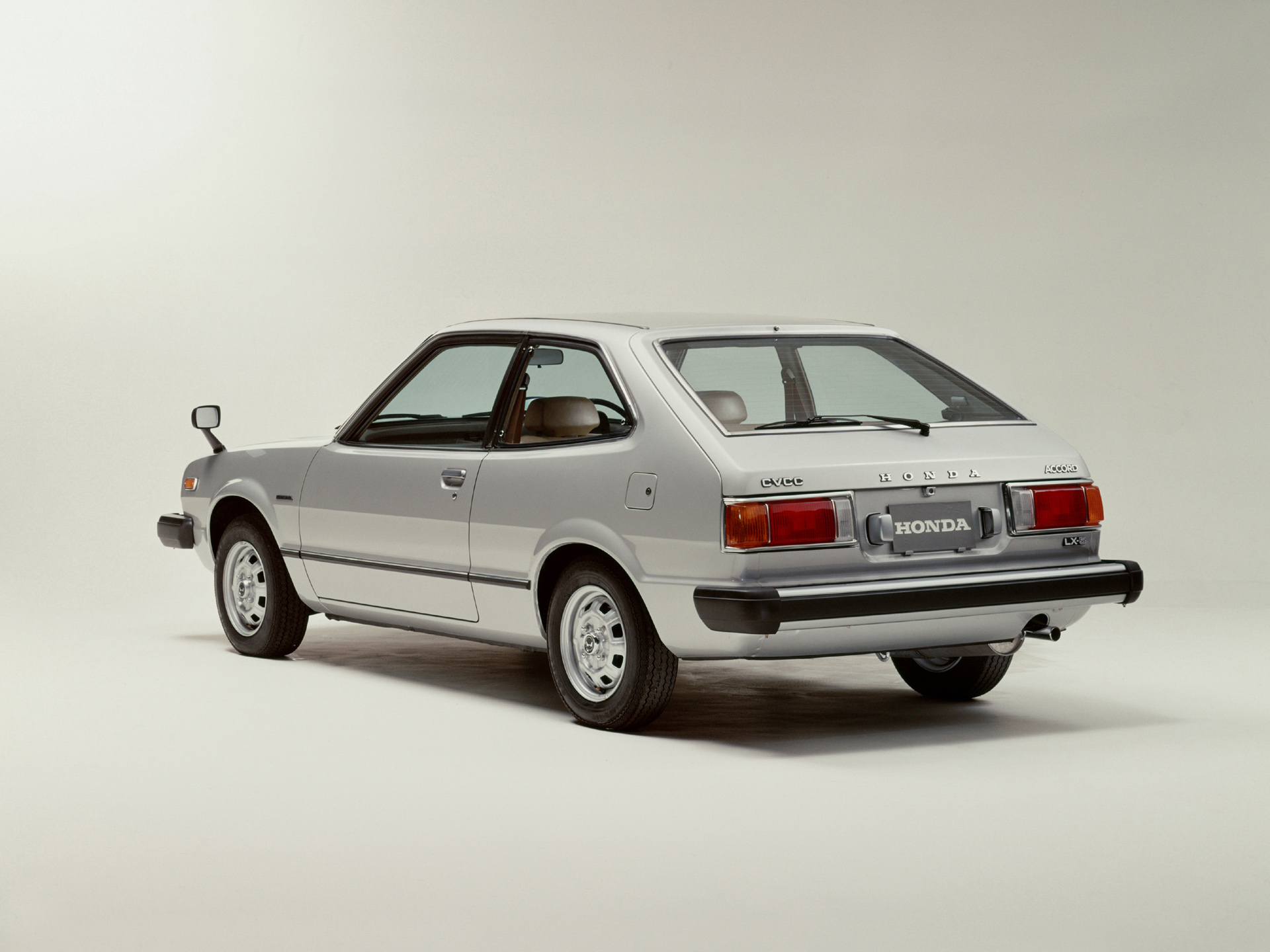 honda-accord1977-11786sm